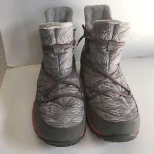 Columbia tech lite waterproof quilted boots 7